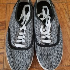 Mossimo Sneakers Women's Size 6